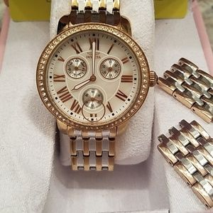 Two-Toned Rose & Platinum Bracelet Invicta Watch